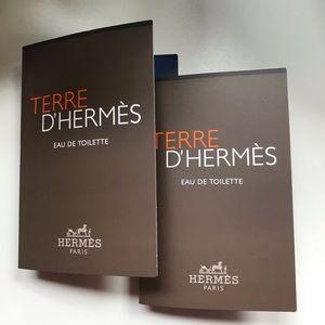 New Terre D' Hermès Set of 2 vials on card
